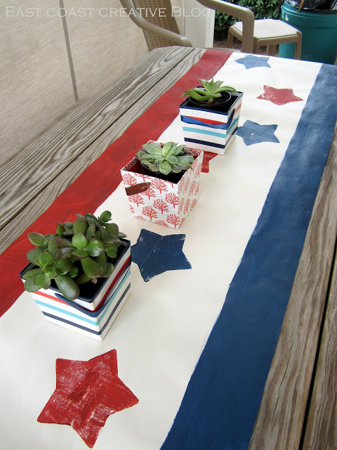 patriotic paper table runner